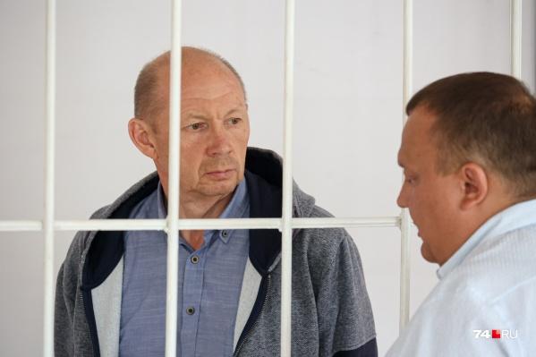 Виктор Соснин в начале заседания сказал, что он в шоке