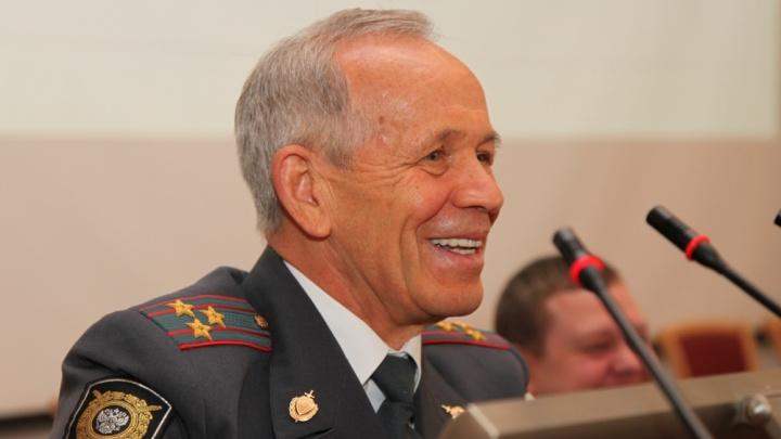 Боролся с «Центровыми», «Уралмашем» и «Синими»: кем был последний полковник СССР в свердловской милиции