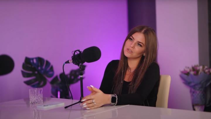 «В пять лет были съемки для местного ТВ»: вокалистка Little Big рассказала про детство в Новодвинске
