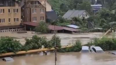 Вслед за Ялтой и Керчью затопило Сочи. Людей готовят к эвакуации
