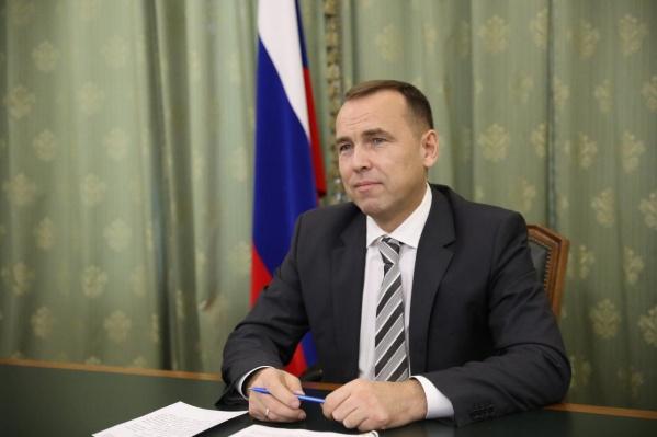 Шумков говорит, что ему часто поступают вопросы о причинах увольнений зауральских чиновников
