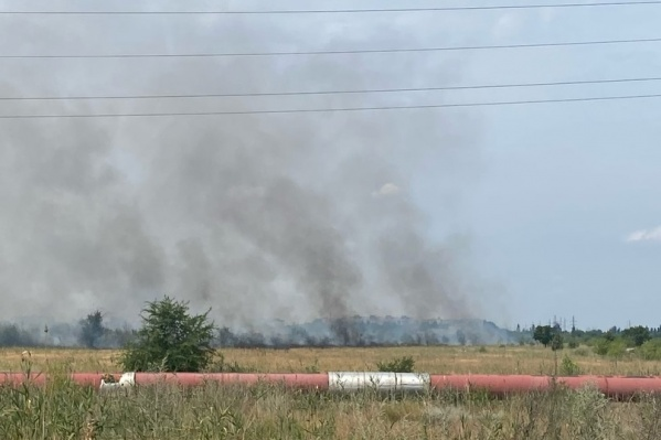 В нескольких сотнях метров от очага пожара — ТЭЦ-2