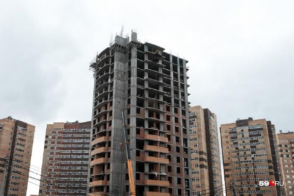 Дом на Карпинского, 112а — часть проблемного ЖК «Триумф»