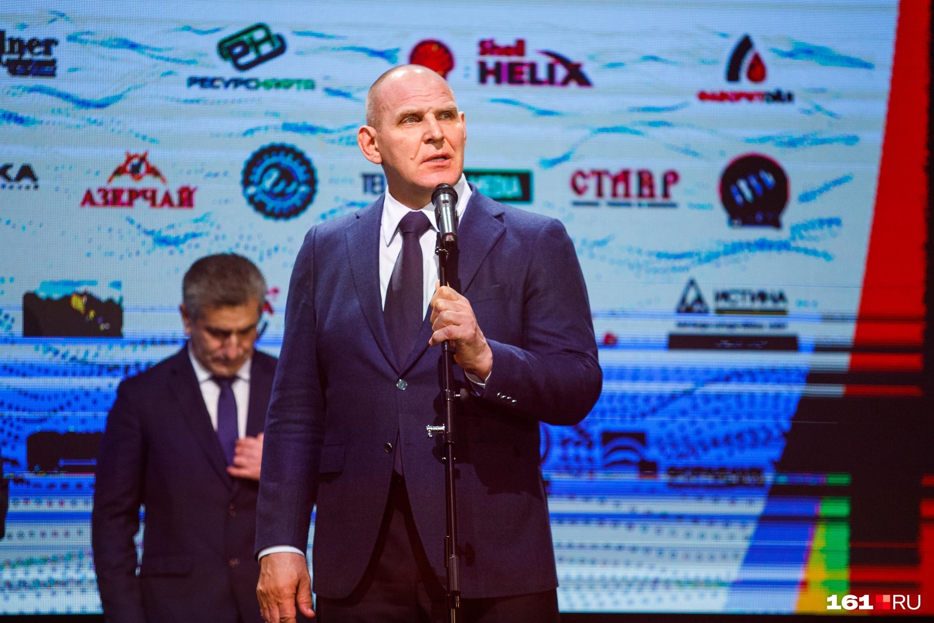 В Ростов приехал знаменитый борец Александр Карелин