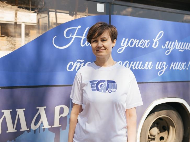 На субботник члены профсоюза выходят в фирменных футболках