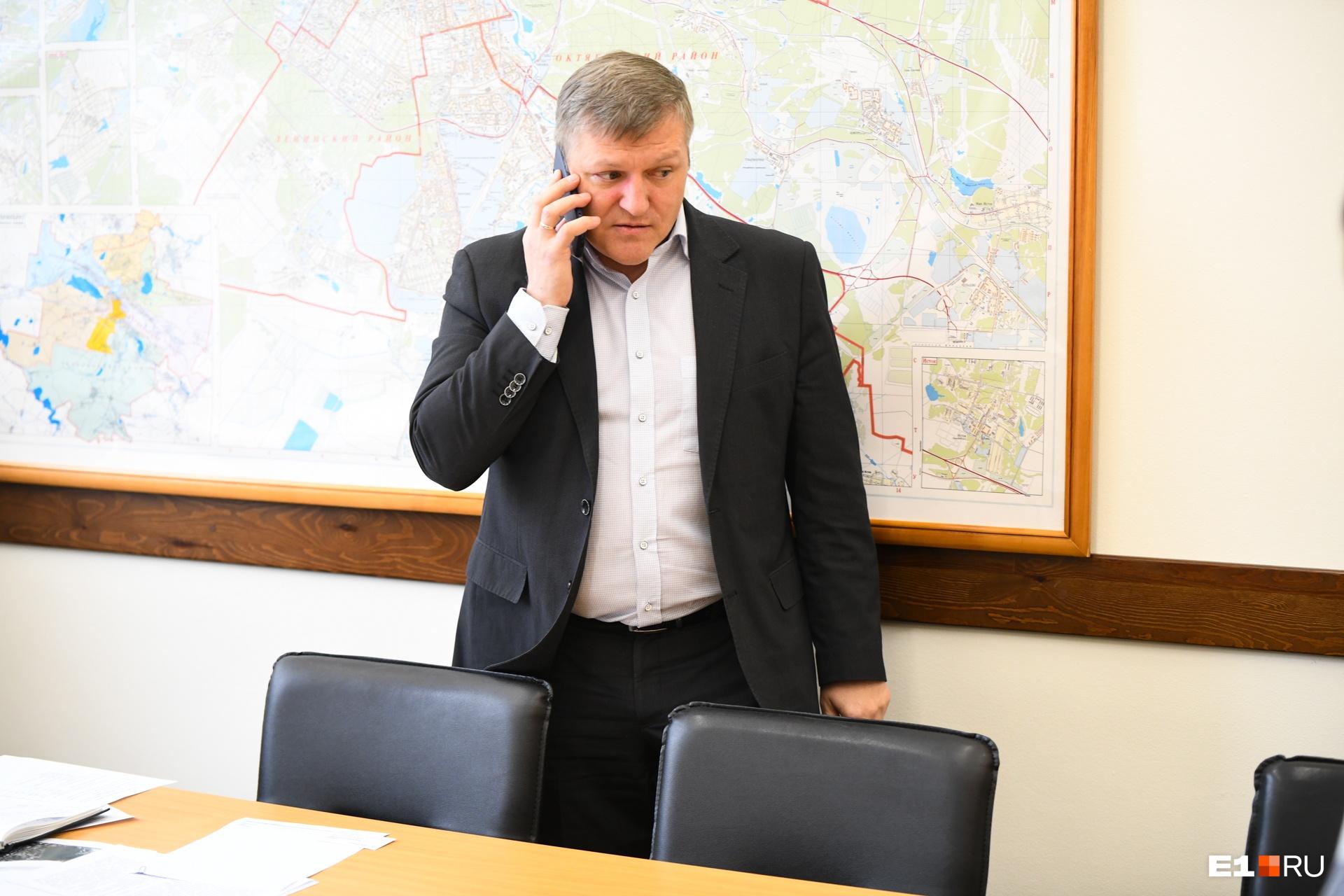 Алексей Бубнов признался, что городские чиновники не в силах решить проблему с пробками