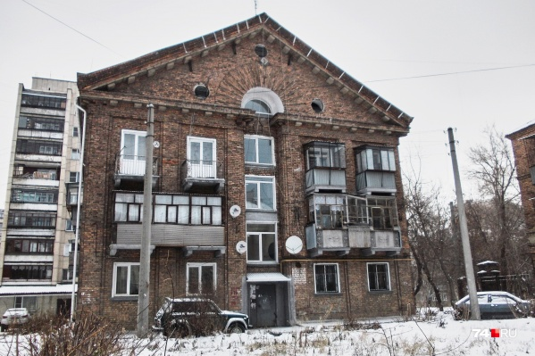 На фоне панельных и типовых домов архитектура немецкого квартала смотрится еще эффектнее