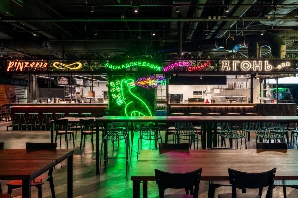 Новые рестораны открылись в центре фуд-корта