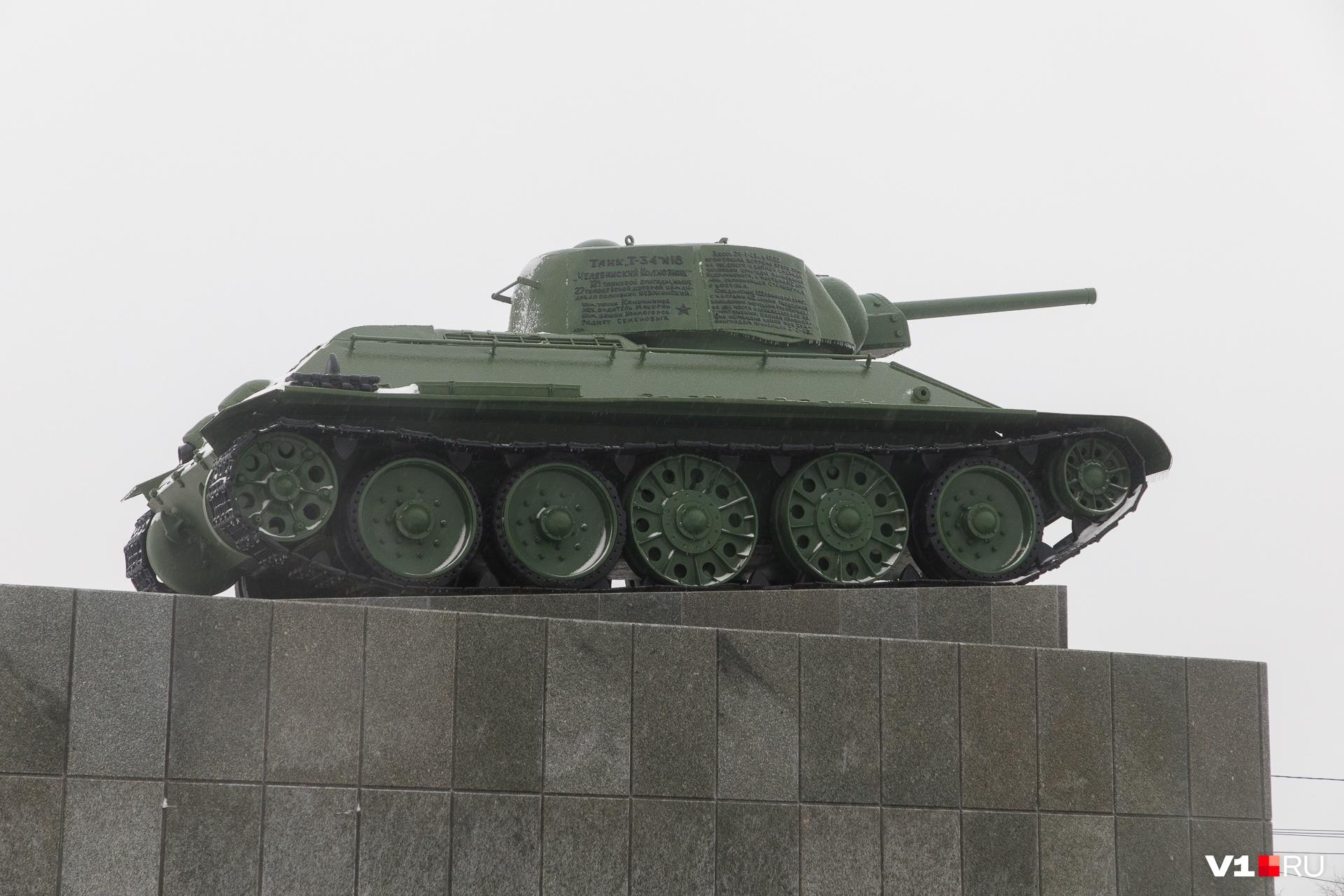 Вокруг «Челябинского колхозника» планируют сделать подсветку
