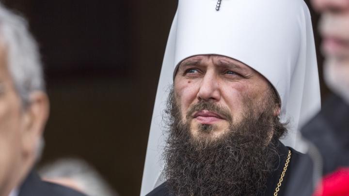 «Нам некому служить!»: горожане просят помощи у патриарха. В храмах Волгограда почти не осталось монахов