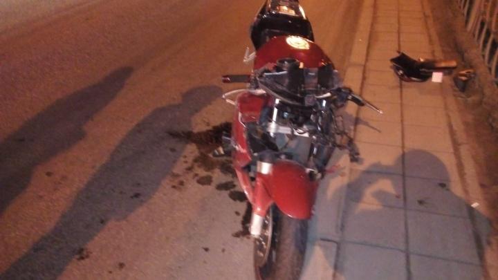 В ГИБДД рассказали о состоянии мотоциклиста, который насмерть сбил мужчину на Таватуйской