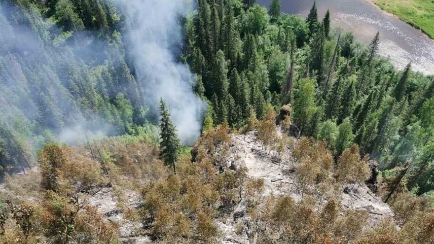 На Усьвинских столбах полностью потушили лесной пожар
