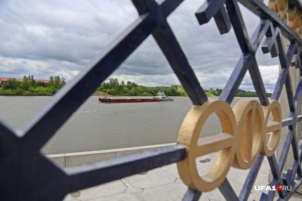 Вода в реке Белой стремительно высыхает