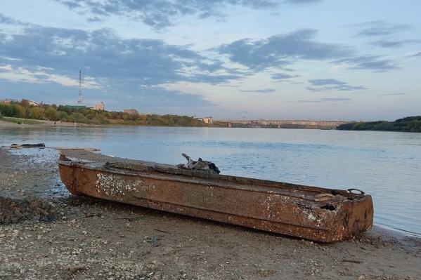 «Спасенную» со дна лодку отправили на утилизацию