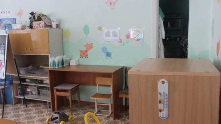 В Омской области из-за низкой температуры закрыли школу и детский сад