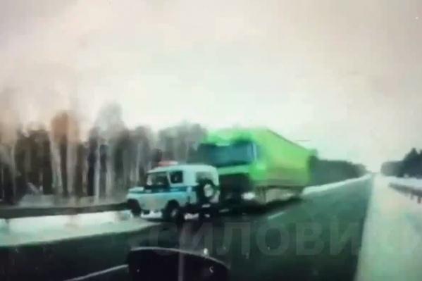 Столкновение двух машин привело к смерти одного из водителей