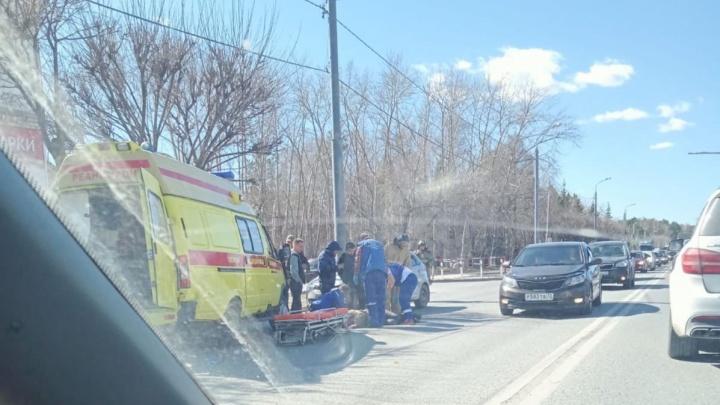 На Доме Обороны иномарка сбила 65-летнего мужчину