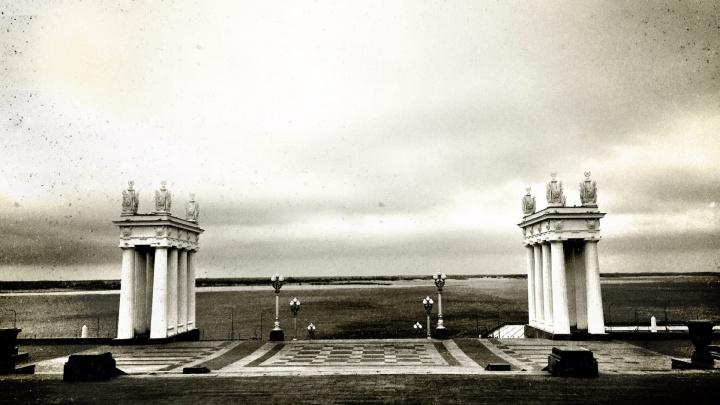 В ожидании циклона: фотограф показал пасмурное утро пустого Волгограда