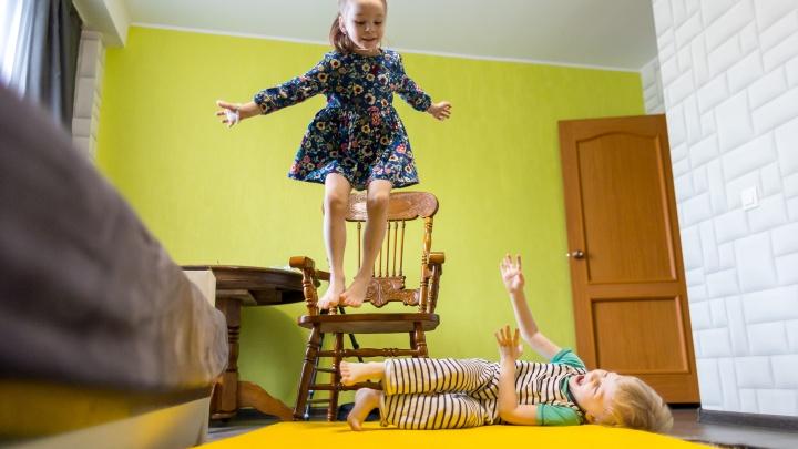 «Сначала она пахла чем-то казенным»: как малышка с трудной судьбой обрела счастье в новой семье