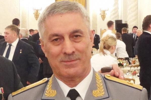 Умарпаша Ханалиев награжден многочисленными знаками отличия