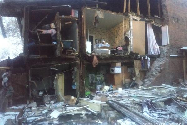 Обрушение стены застало жильцов врасплох