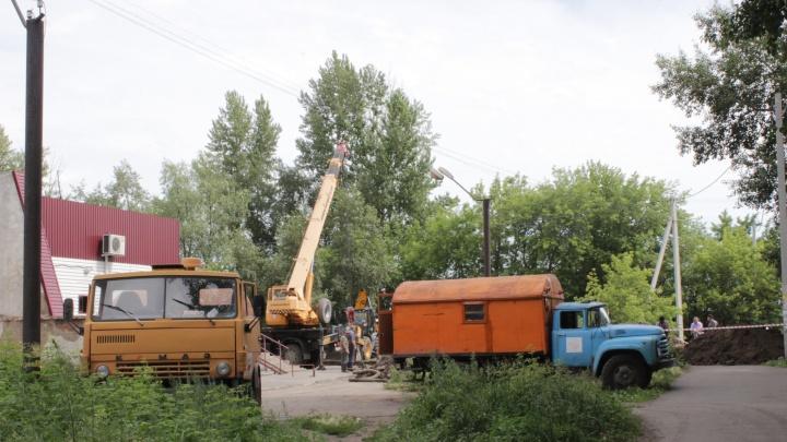 В Омске без холодной воды на сутки останутся 52 жилых дома и кинотеатр «Первомайский»