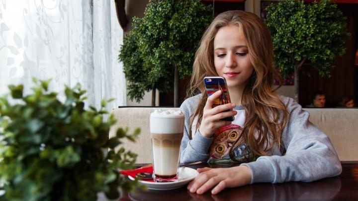 Стало известно, какой мобильный оператор работает быстрее всех в Омске