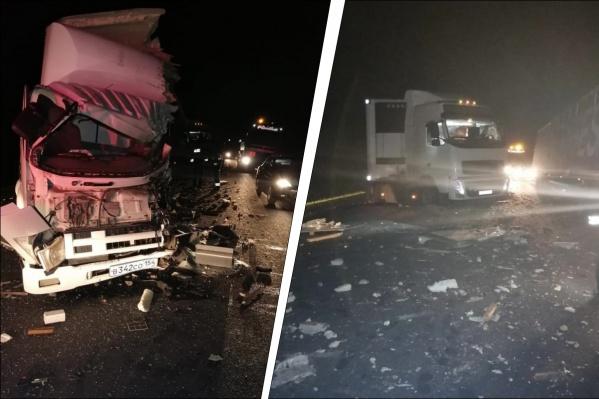 После удара КАМАЗ отбросило на другой встречный автомобиль — «Вольво»