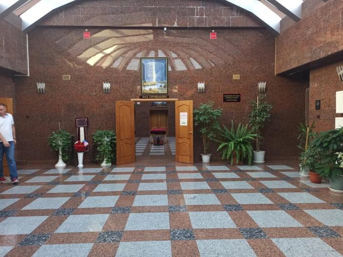 Двухэтажный крематорий компактен и аккуратен