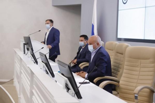 В администрации правительства обсудили ситуацию с коронавирусом в регионе