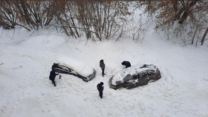 Мэр Локоть рассказал, сколько новосибирцев пострадали от схода снега с крыш