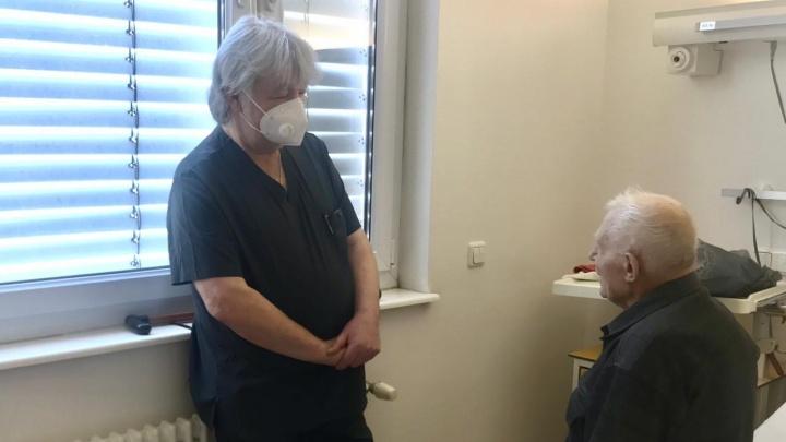 В кардиоцентре врачи спасли 101-летнего мужчину. Он стал самым возрастным пациентом за всё время