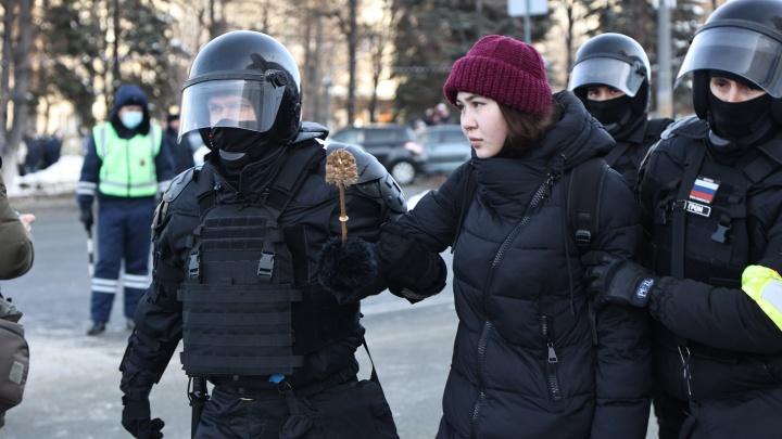 В полиции назвали итоговое число задержанных после воскресной акции протеста в Челябинской области