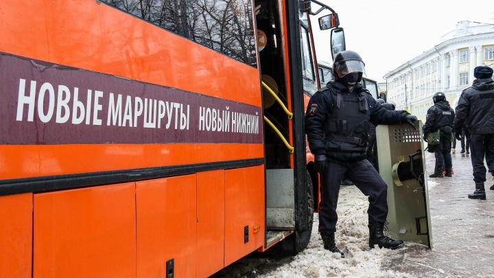 «Вам нужна не борьба с коррупцией, ахаос»: нижегородский перевозчик объяснил свою помощь силовикам