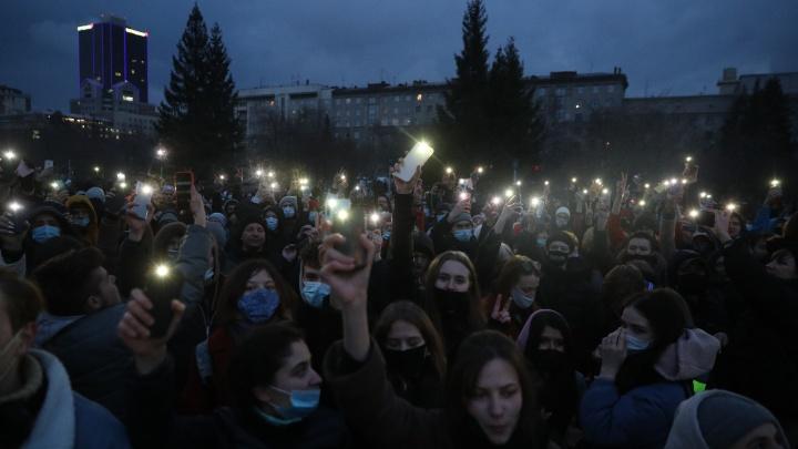А что, так можно было? На многолюдном митинге в поддержку Навального полицейским не нашлось работы (репортаж)