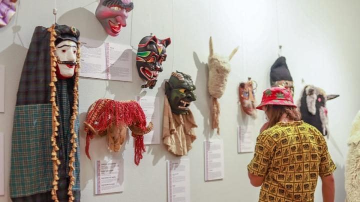 В рамках Фольклориады в Уфе открыли две выставки, на которые можно сходить без прививки