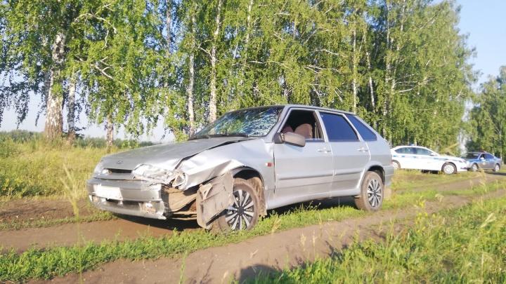 Бросил машину в лесу. На Урале водитель скрылся после смертельного ДТП