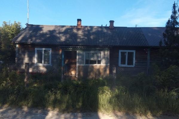 ЧП произошло в частном доме на улице Есенина в Савинском