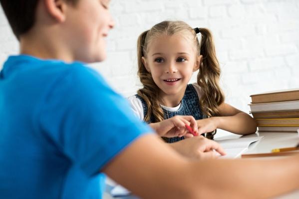 По данным Страхового Дома, самые часто встречающиеся травмы в школе — это переломы, а наиболее подвержены риску дети средней школы в возрасте от 11 до 15 лет
