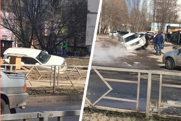 Чтобы вытащить машину, потребуется эвакуатор