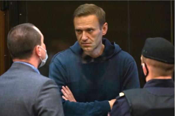 За всё время получил две таблетки: защита Навального заявила об ухудшении здоровья политика в колонии