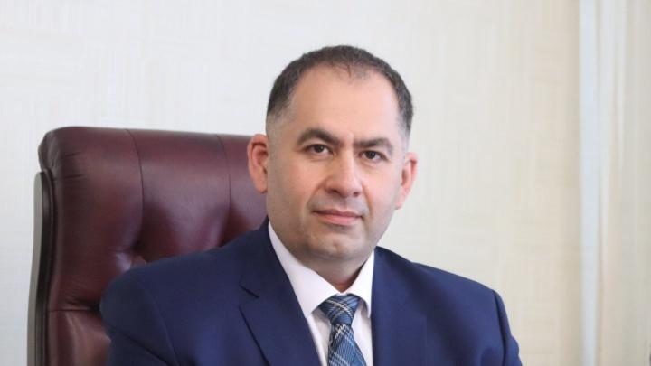Уборочной техники не хватает, а в ДЭУ очень мало места: глава Октябрьского района ответил жителям