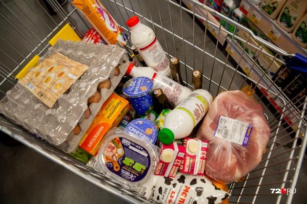 В народе подобные продуктовые магазины называют «нищемаркетами». Там не бывает скидок и каких-то специальных распродаж