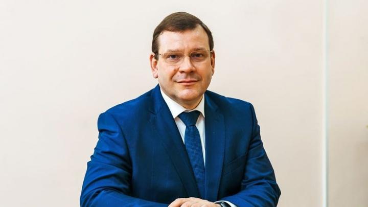 Мэр Екатеринбурга уволил главу района и тут же принял его на работу