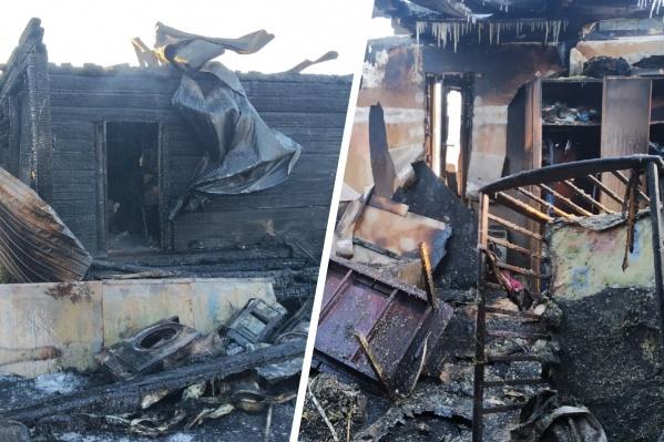 В момент пожара никого не было дома, огонь заметили соседи. Когда прибыли пожарные, спасти здание уже было нельзя