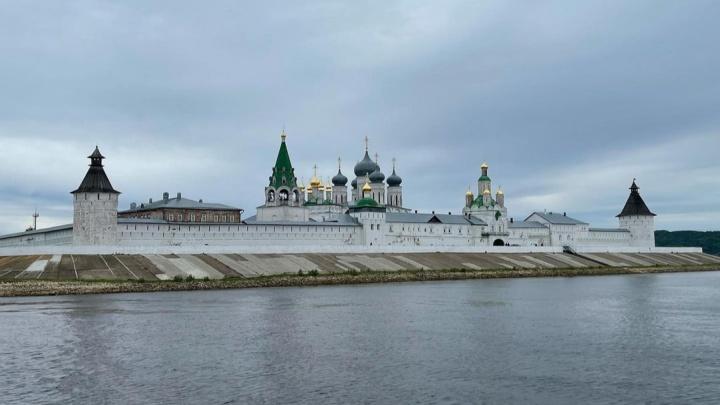 Волжская жемчужина — Макарьево: строим маршрут и считаем бюджет поездки до красивейшего монастыря