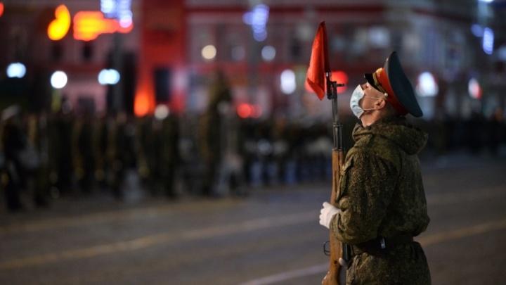 В параде Победы в Екатеринбурге впервые будут участвовать казаки на конях