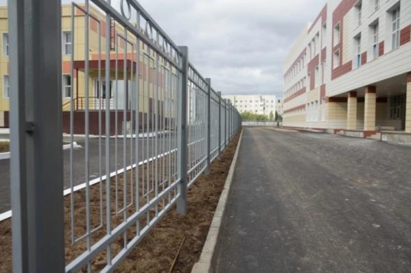 В Сургуте закончили строительство второй в этом году школы