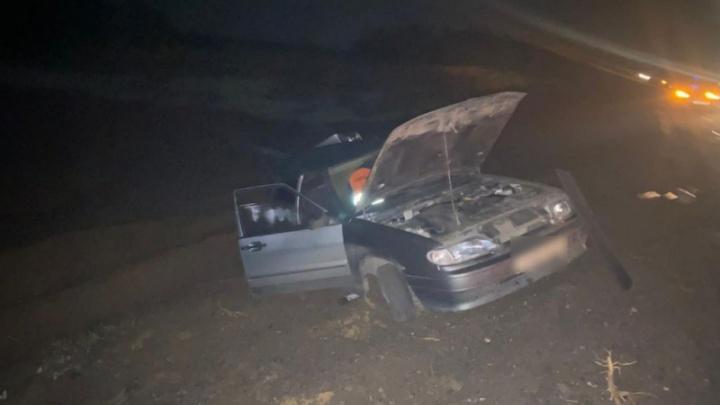 «Лада» всмятку, водитель в больнице: на трассе под Волгоградом фура протаранила легковой автомобиль