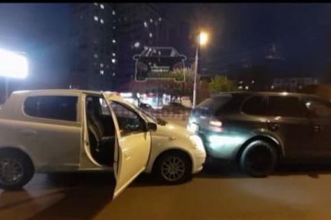 «Остановил и плюнул в меня»: водитель Porsche решил грубо «проучить» не пропустившую его девушку на Vitz